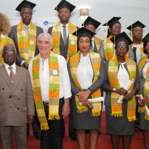 photo-groupe-remise-diplome